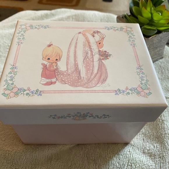 Precious moments guest box